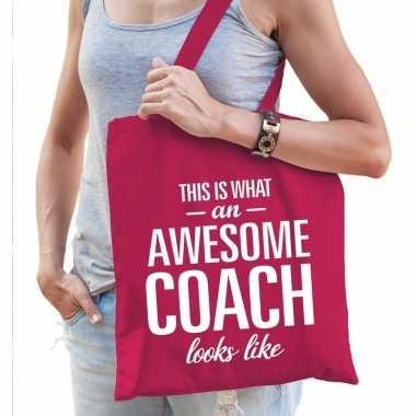 Katoenen cadeau tasje awesome coach fuchsia roze