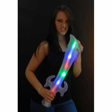 Opblaasbaar piraten verkleed speelgoed zwaard met led licht 65cm