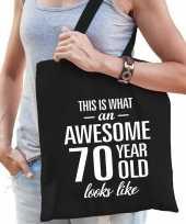 Awesome 70 year geweldig 70 jaar cadeau tas zwart voor dames