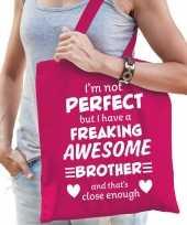 Freaking awesome brother broer cadeau tas roze voor dames