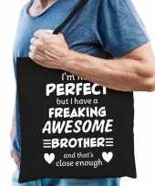 Freaking awesome brother broer cadeau tas zwart voor heren