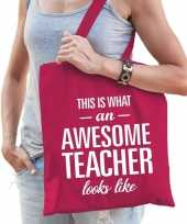 Katoenen cadeau tasje awesome teacher fuchsia roze