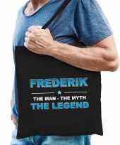 Naam cadeau tas frederik the legend zwart voor heren