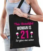 Verjaardag cadeau tas 21 jaar this beautiful woman is 21 give wine zwart voor dames