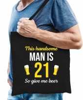 Verjaardag cadeau tas 21 jaar this handsome man is 21 give beer zwart voor heren